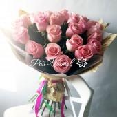 Букет из 31 нежных роз