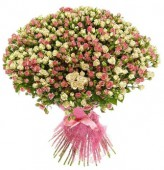 Букет из 151 кустовой розы