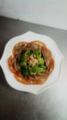 Салат говядина с грибами