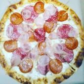 Пицца 6 мяса, 25 см.